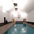 Modern binnenzwembad op Brits landgoed